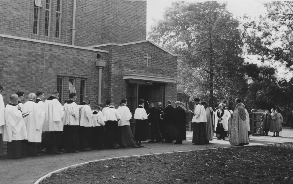Consecration-1957-1-Procession
